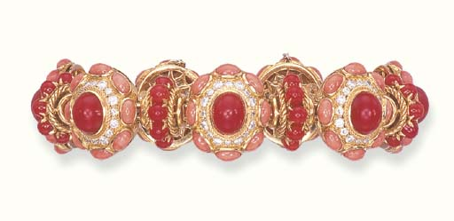 A CORAL AND DIAMOND BRACELET,