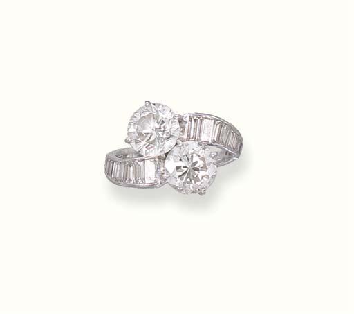 A TWO-STONE DIAMOND RING
