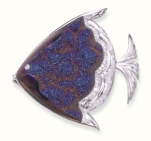 A TITANIA DRUSY QUARTZ FISH BR