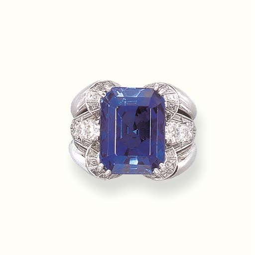 A SAPPHIRE RING, BY MEISTER