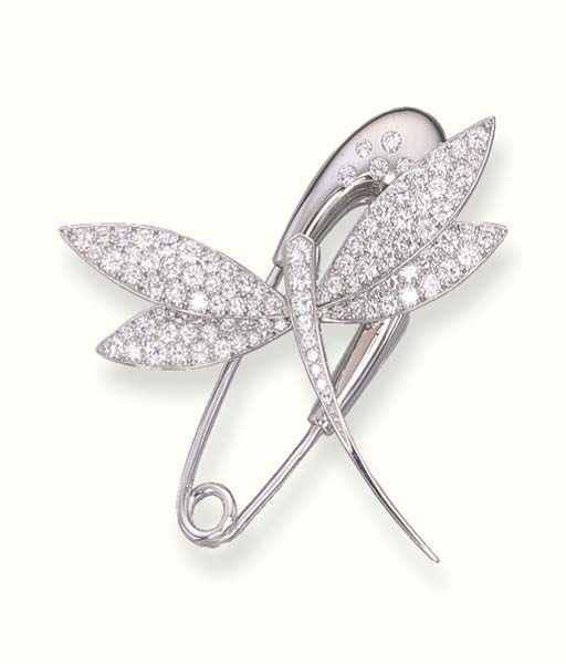 A DIAMOND DRAGONFLY BROOCH, BY