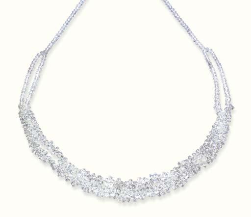 A DIAMOND BRIOLETTE NECKLACE