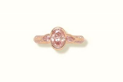 A PINK DIAMOND RING