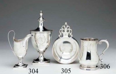A SILVER SUGAR BOWL AND COVER
