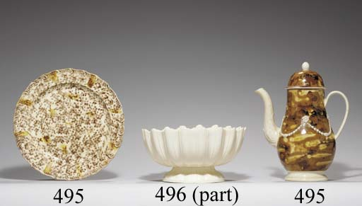 A STAFFORDSHIRE CREAMWARE FLUTED FOOTED BOWL AND TWO PLATES
