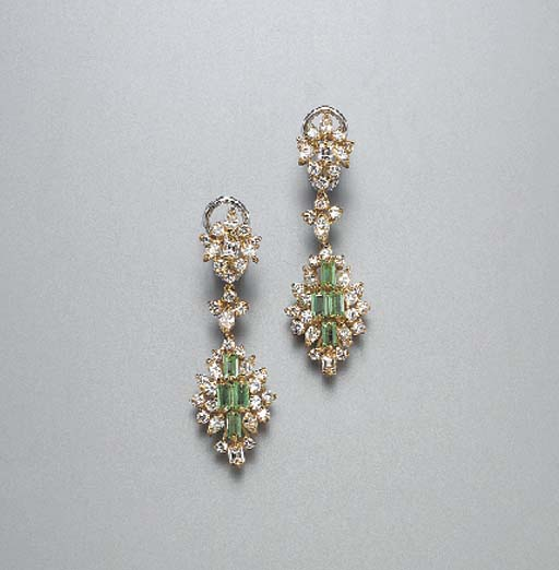 A SUITE OF EMERALD AND DIAMOND JEWELRY