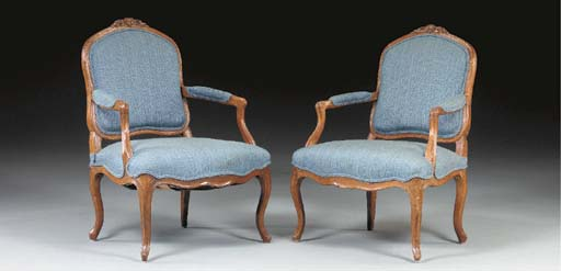 A PAIR OF LOUIS XV STAINED-BEE