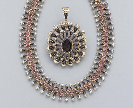 A SUITE OF ANTIQUE GARNET AND ENAMEL JEWELRY