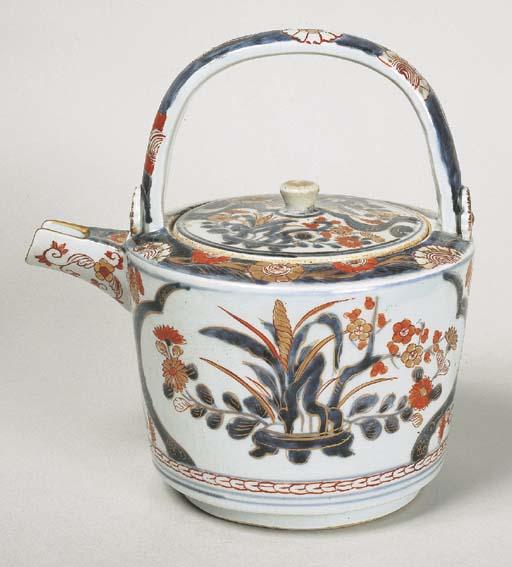A Porcelain Sake Ewer