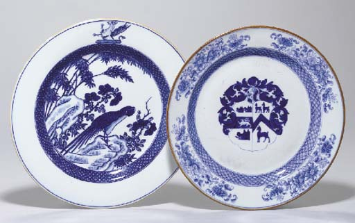 TWO CHINESE EXPORT BLUE AND WH