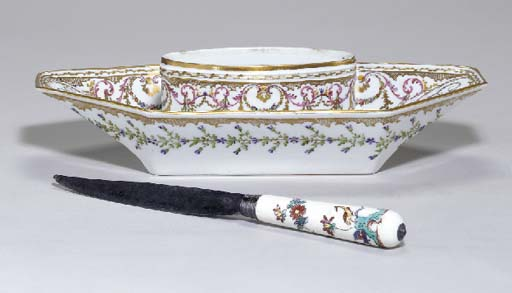 A CHANTILLY KNIFE HANDLE AND P
