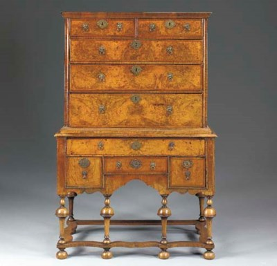 A WILLIAM AND MARY STYLE WALNU