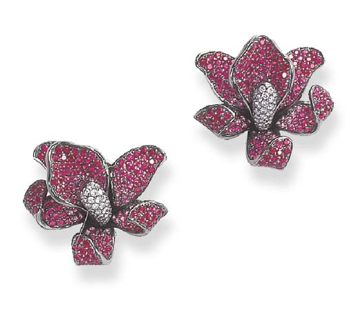 A PAIR OF PINK SAPPHIRE AND DIAMOND EAR CLIPS
