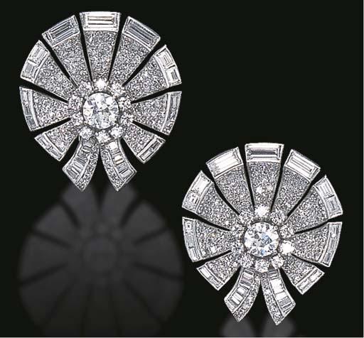 AN ELEGANT PAIR OF ART DECO DIAMOND EAR CLIPS, BY VAN CLEEF & ARPELS