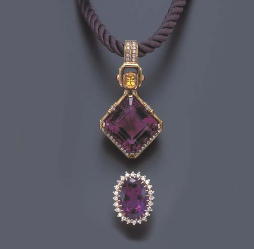 A SET OF AMETHYST, PINK SAPPHI