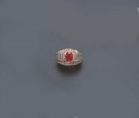 A RUBY AND DIAMOND RING, BY VA