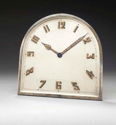 AN ART DECO SILVER DESK CLOCK,