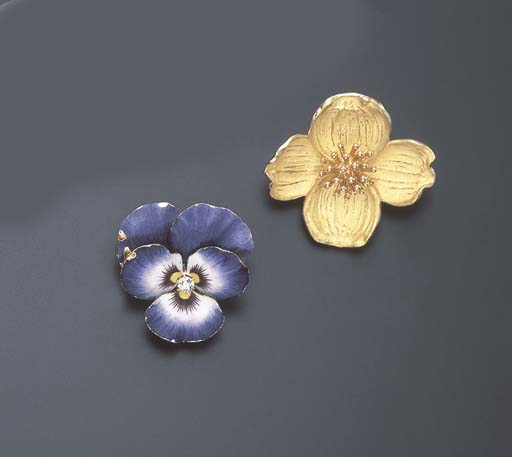 TWO FLOWER BROOCHES