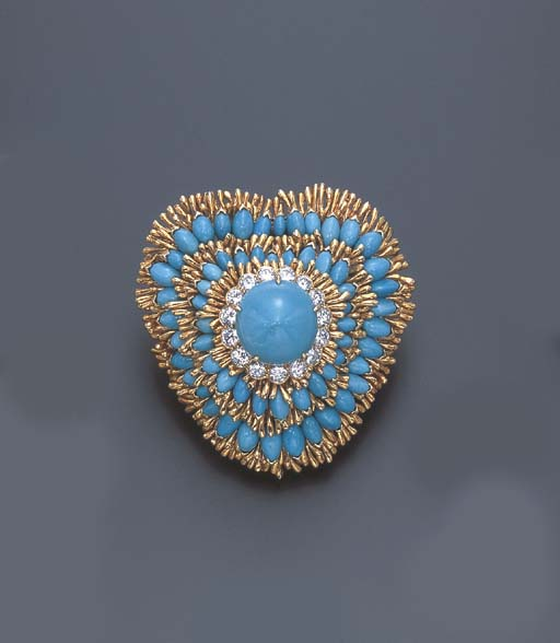 A DIAMOND AND TURQUOISE BROOCH