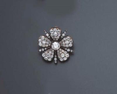 AN ANTIQUE DIAMOND PIN