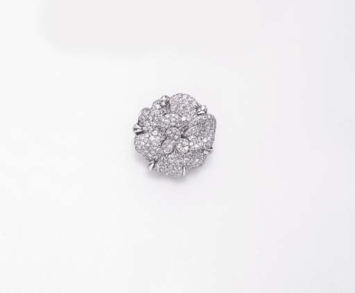 A DIAMOND BROOCH, BY CHANEL