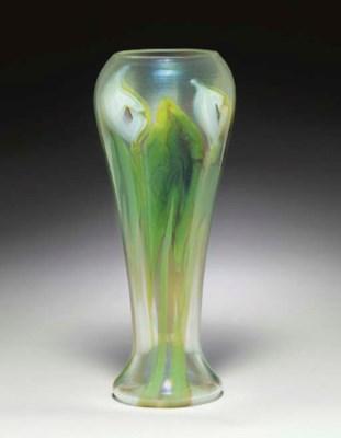 A FINE AND RARE FAVRILE GLASS