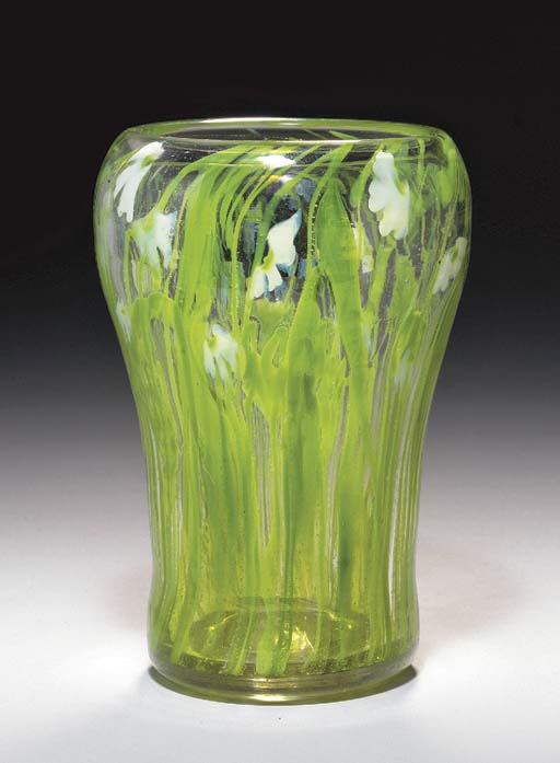 A PAPERWEIGHT FAVRILE GLASS VA