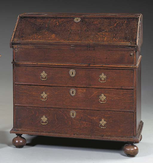 A WILLIAM AND MARY OAK BUREAU,