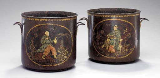 A PAIR OF FRENCH CHINOISERIE-T