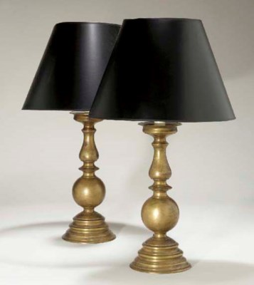 A PAIR OF BAROQUE STYLE PATINA