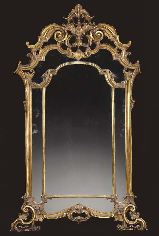 AN ITALIAN ROCOCO STYLE TWO-TO