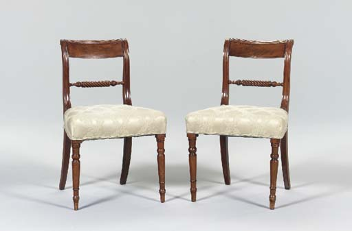 A SET OF FOUR LATE REGENCY MAHOGANY SIDE CHAIRS,