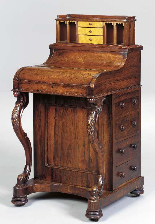 AN EARLY VICTORIAN ROSEWOOD AN