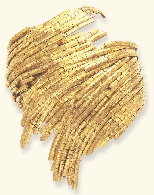 A GOLD BRACELET, BY MEISTER