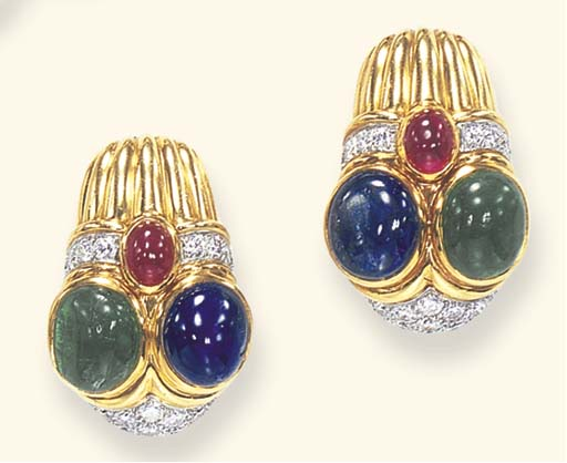 A PAIR OF GEM-SET AND GOLD EAR