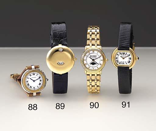 Cartier. An 18K gold cushion-s