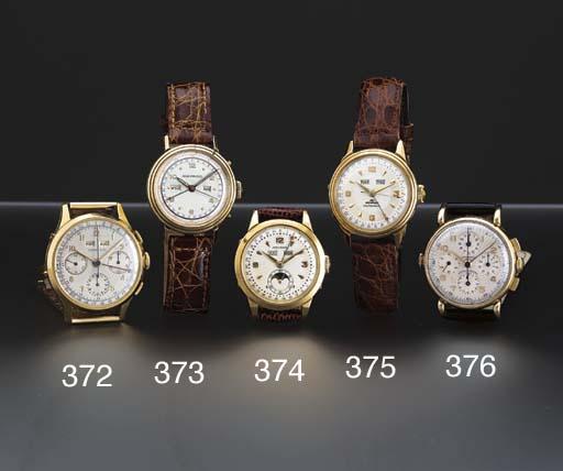Universal. A 14K gold chronogr