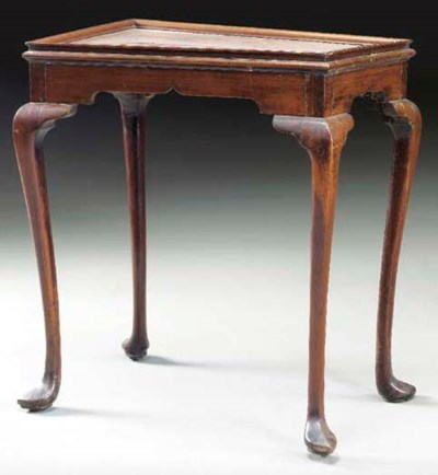 A QUEEN ANNE MAHOGANY TRAY-TOP