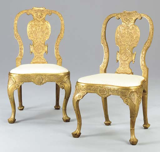 A PAIR OF GILT-GESSO SIDE CHAI