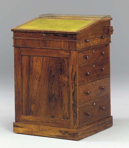 A WILLIAM IV ROSEWOOD DAVENPOR