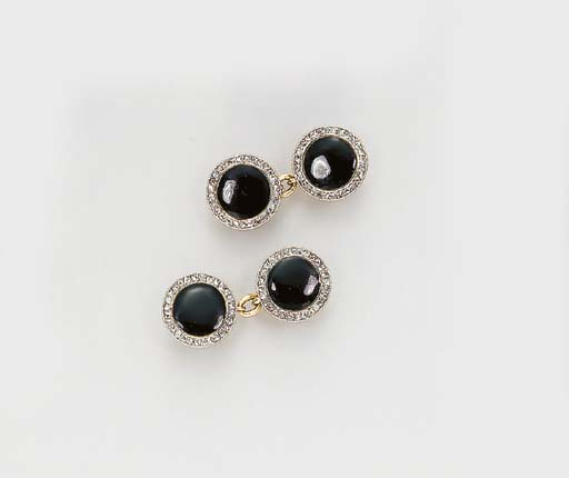 A PAIR OF ART DECO ONYX AND DI