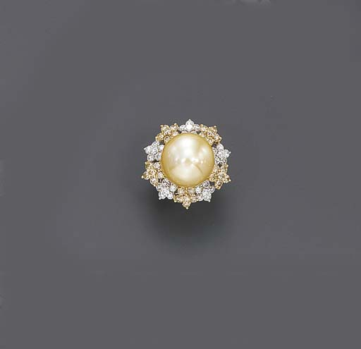 A GOLDEN CULTURED PEARL, COLOR