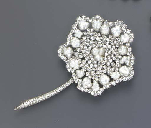 A DIAMOND AND KESHI PEARL BROO