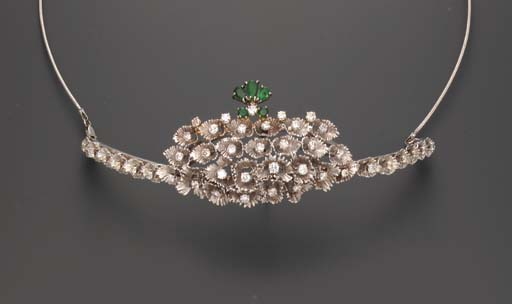 A DIAMOND AND EMERALD TIARA