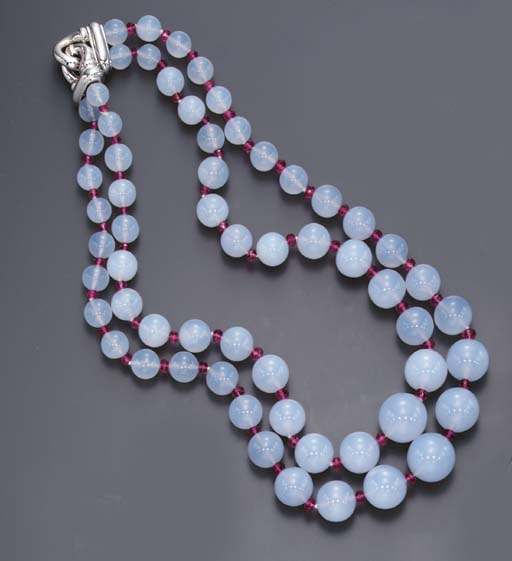 A TWO-STRAND CHALCEDONY AND PI