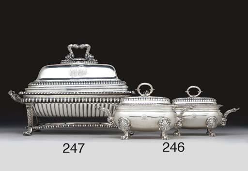 A PAIR OF REGENCY SILVER SAUCE
