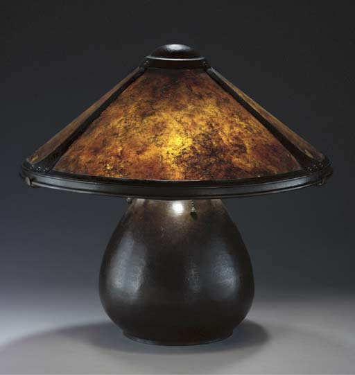 A COPPER AND MICA TABLE LAMP