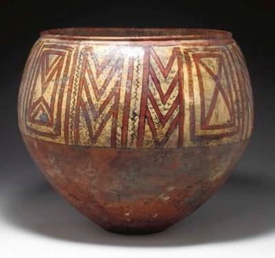 AN ANATOLIAN POTTERY JAR
