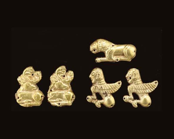 FIVE SCYTHIAN GOLD APPLIQUÉS