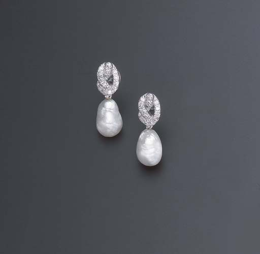A PAIR OF DIAMOND AND BAROQUE